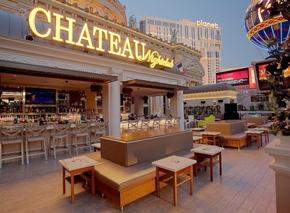 Viva New Vegas with a Vintage Flair